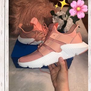 NWT Adidas Sneakers 🌸✨